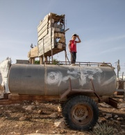 مؤسسة الحق تحذر من استمرار تنفيذ إسرائيل الدولة القائمة بالاحتلال لنظام الفصل العنصري في قطاع المياه في ظل انتشار وباء (كوفييد 19)