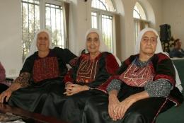 نساء في نادي المسنين - بيت ساحور، ٢٠٠٦. بسام المهر