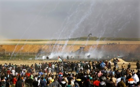 6 April 2018:  9 Palestinian Protestors Killed, Another by an Israeli Airstrike, Hundreds Injured in the Gaza Strip