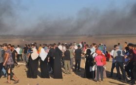 IOF Kills Six Palestinians in the Gaza Strip, Injures Hundreds, as the Great Return March Continues