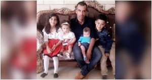 Armed Israeli Settlers Kill One Palestinian and Injure 30 Others in an Attack on Al-Mghayyer Village