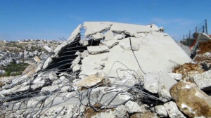 Israeli Army Continues to Demolish Palestinian Property