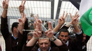 Doctor and lawyer visits to hunger strikers reveal mistreatment by Israeli Prison Service