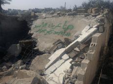 انتهاكات بالجملة ارتكبتها قوات الاحتلال الإسرائيلية طوال مدة بحثها عن المنفذ المزعوم لعملية قتل المستوطن الإسرائيلي قرب نابلس