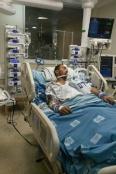 بتر ساق شاب فلسطيني جرّاء إصابته بعيارٍ ناريٍ أطلقه عليه المستوطنون في أريحا