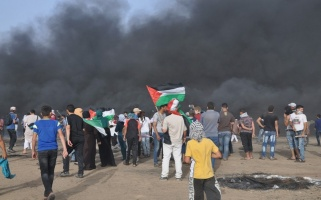 Palestinians protest for 9th consecutive week, east of Khuza'a, east of Khan Younis, Gaza Strip – (c) Al-Haq 2018